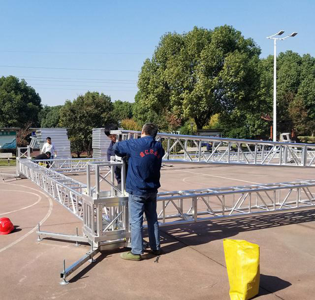 Aluminum alloy truss light frame installation 13