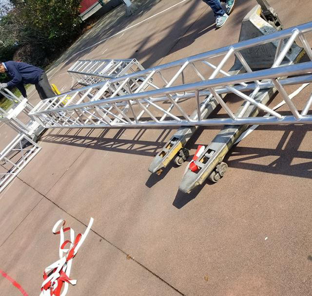 Aluminum alloy truss light frame installation 6